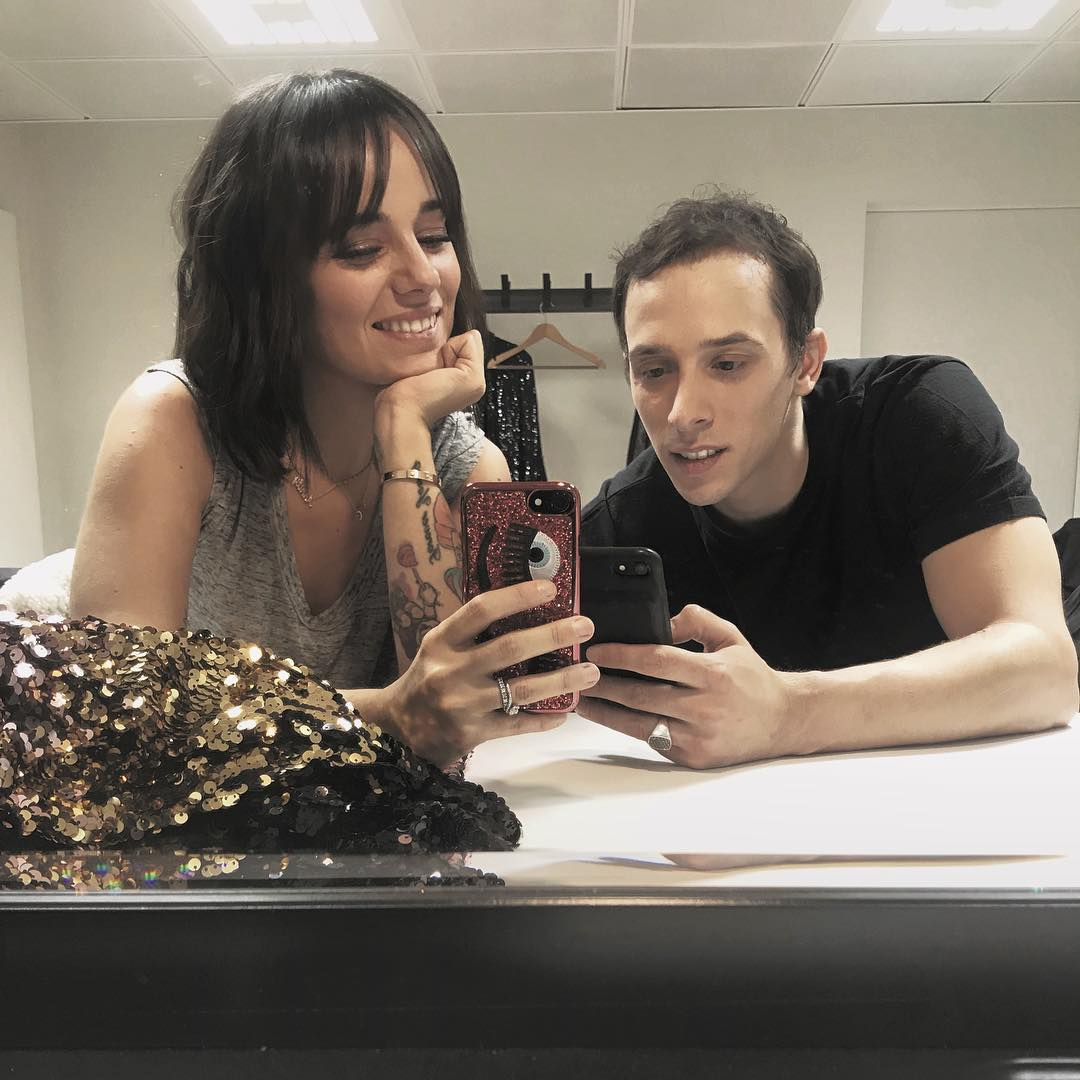 2017-12-17 - Dressing room ✨ with my love @gregoirelyonnet #dance #love