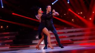 Alizée & Grégoire Lyonnet dancing tango
