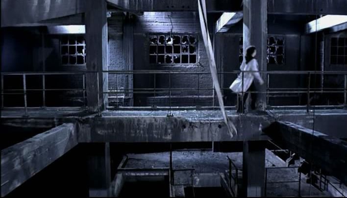 Triage-Lavoir de P&eacute;ronnes as seen on the music video of Alize