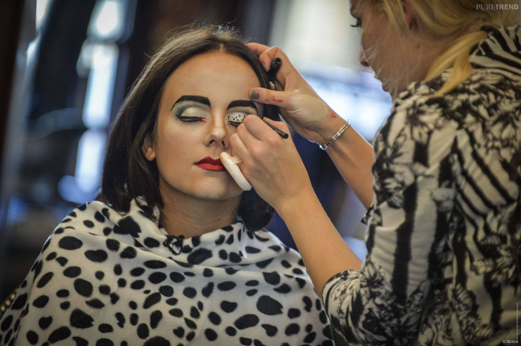 1518117-seance-make-up-pour-la-chanteuse-5800x0-2